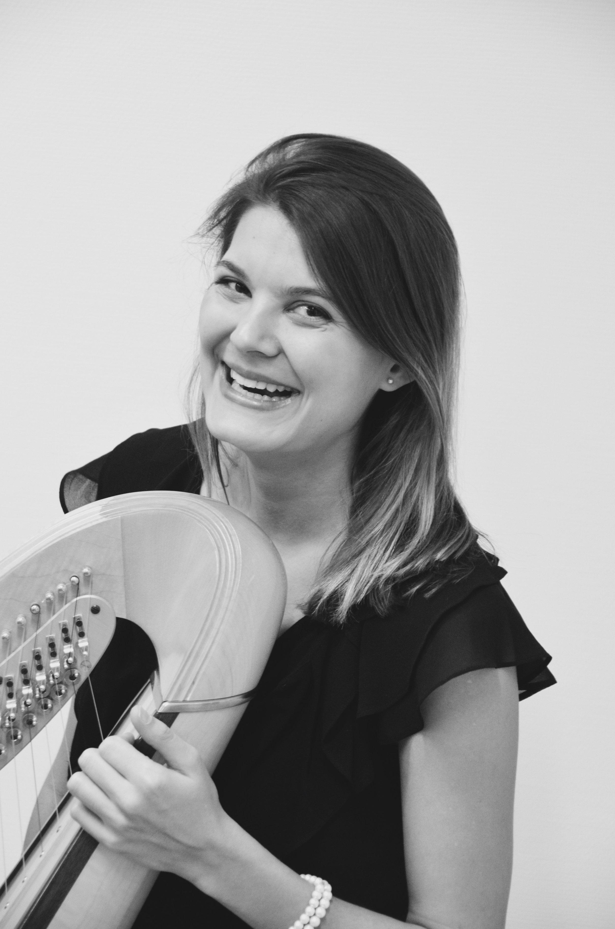 Anne Neugebauer, harpiste