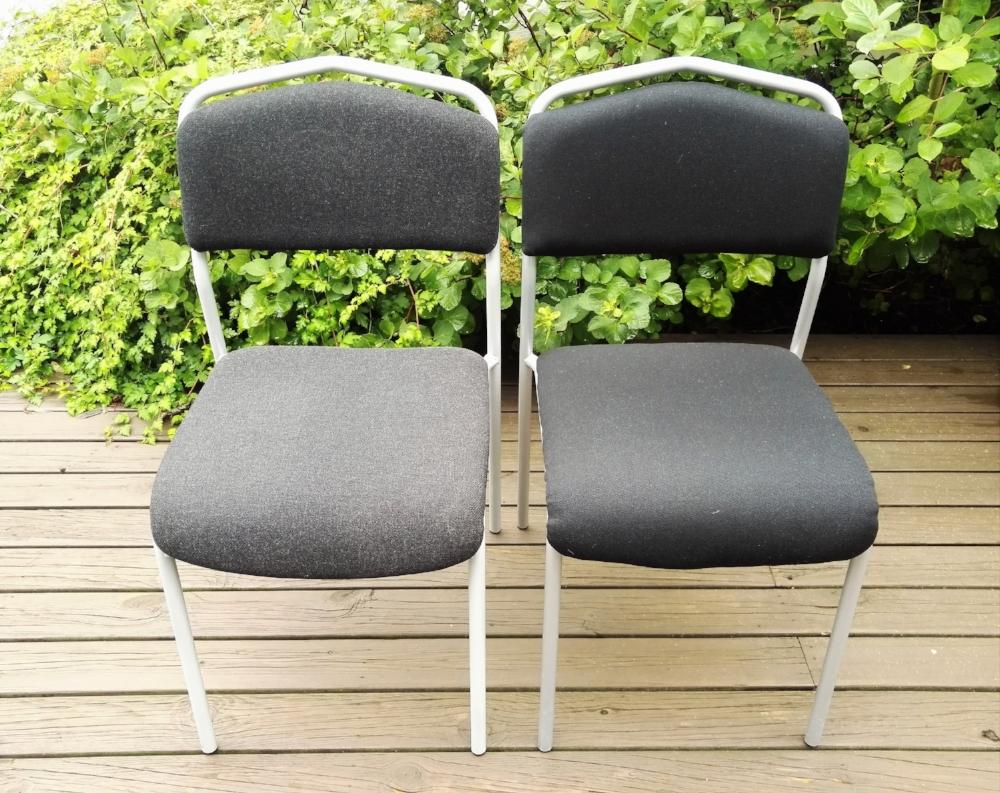 Vasemmalla alkuperäinen Ikea verhoilu ja oikealla Tuunaajamutsin versio.