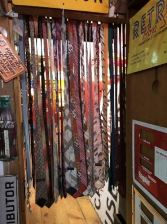 Here's a really cool use for those old neckties. Thinking of you Elie J!