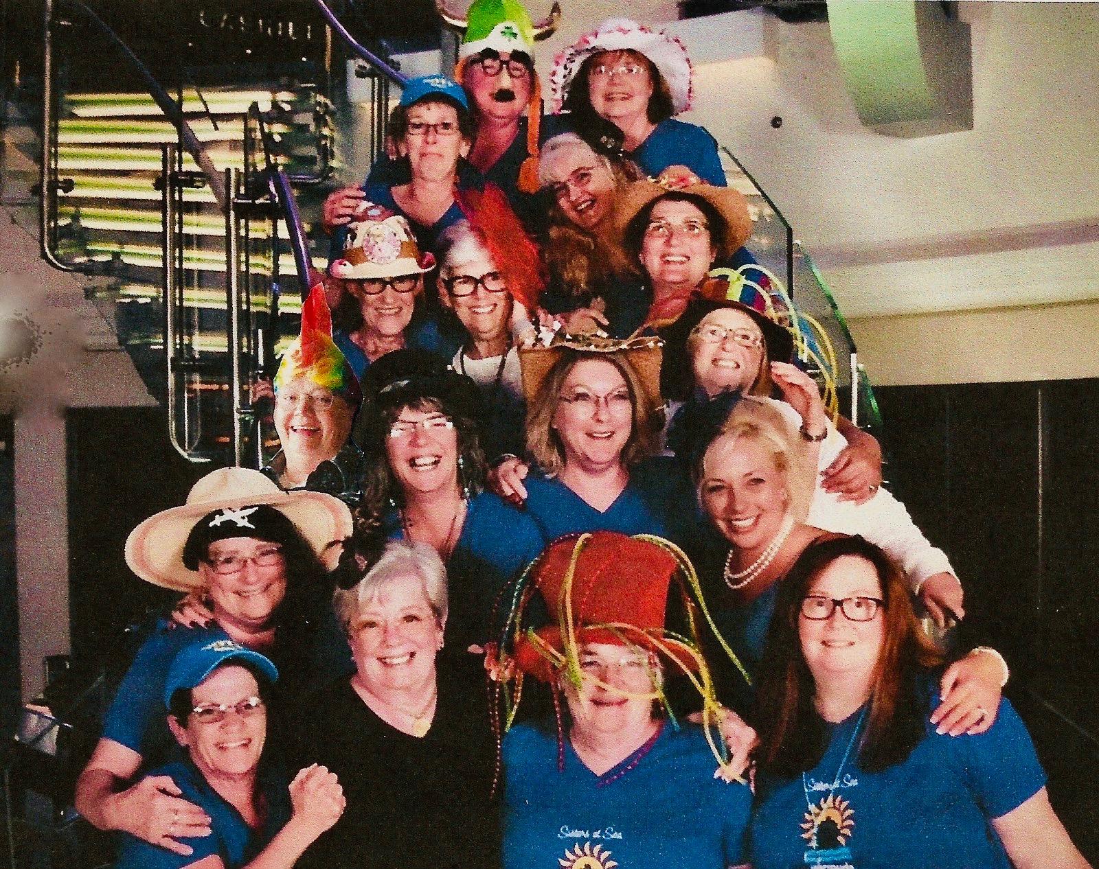 Who sez I missed the group photo? ;-) Thanks Liz!