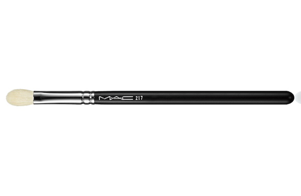 MAC 217 blending brush: Many artists swear by this brush! I absolutely love it for blending out creams and powders anywhere on the face.