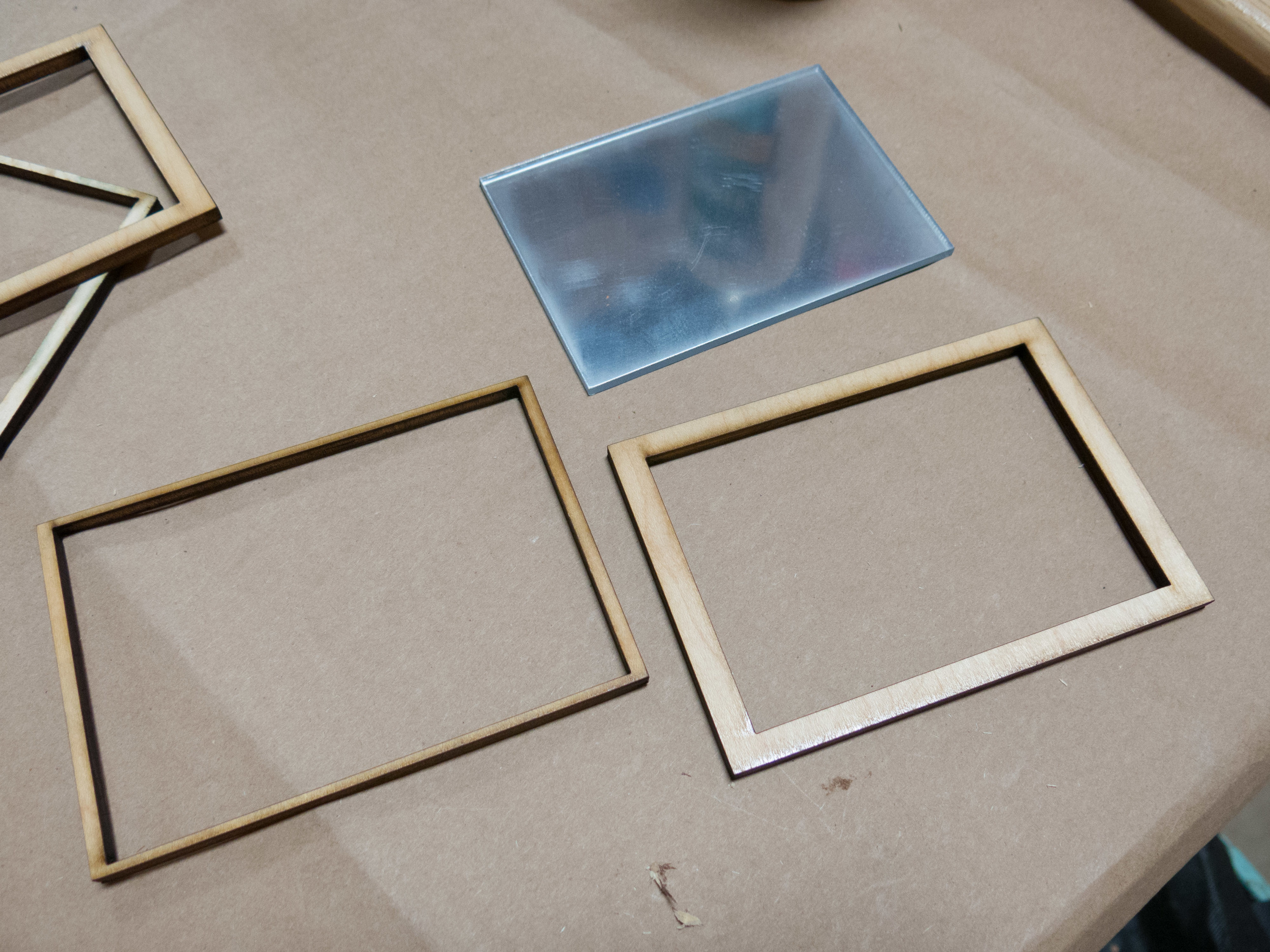 Mirror and frame components.