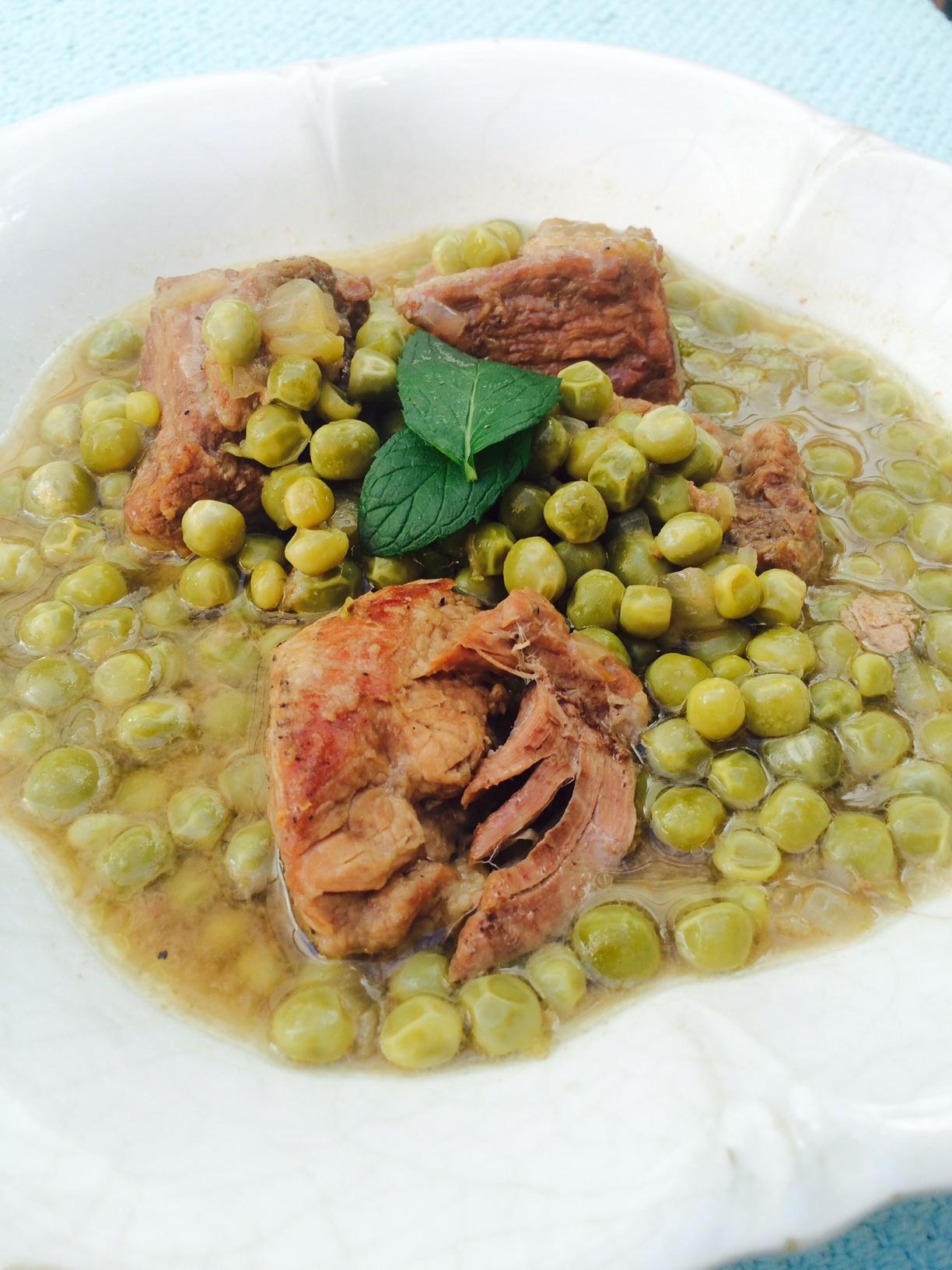 Spezzatino con Piselli (Fresh Peas and Beef Stew).jpg