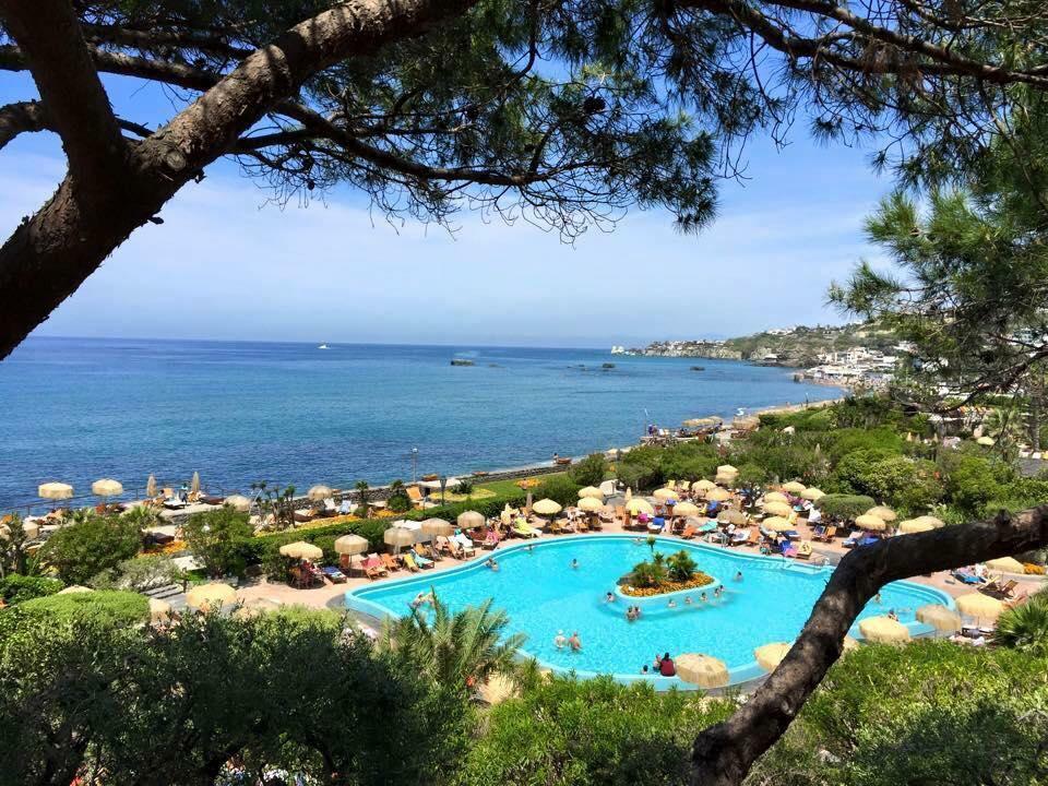 The thermal baths of Poseidon