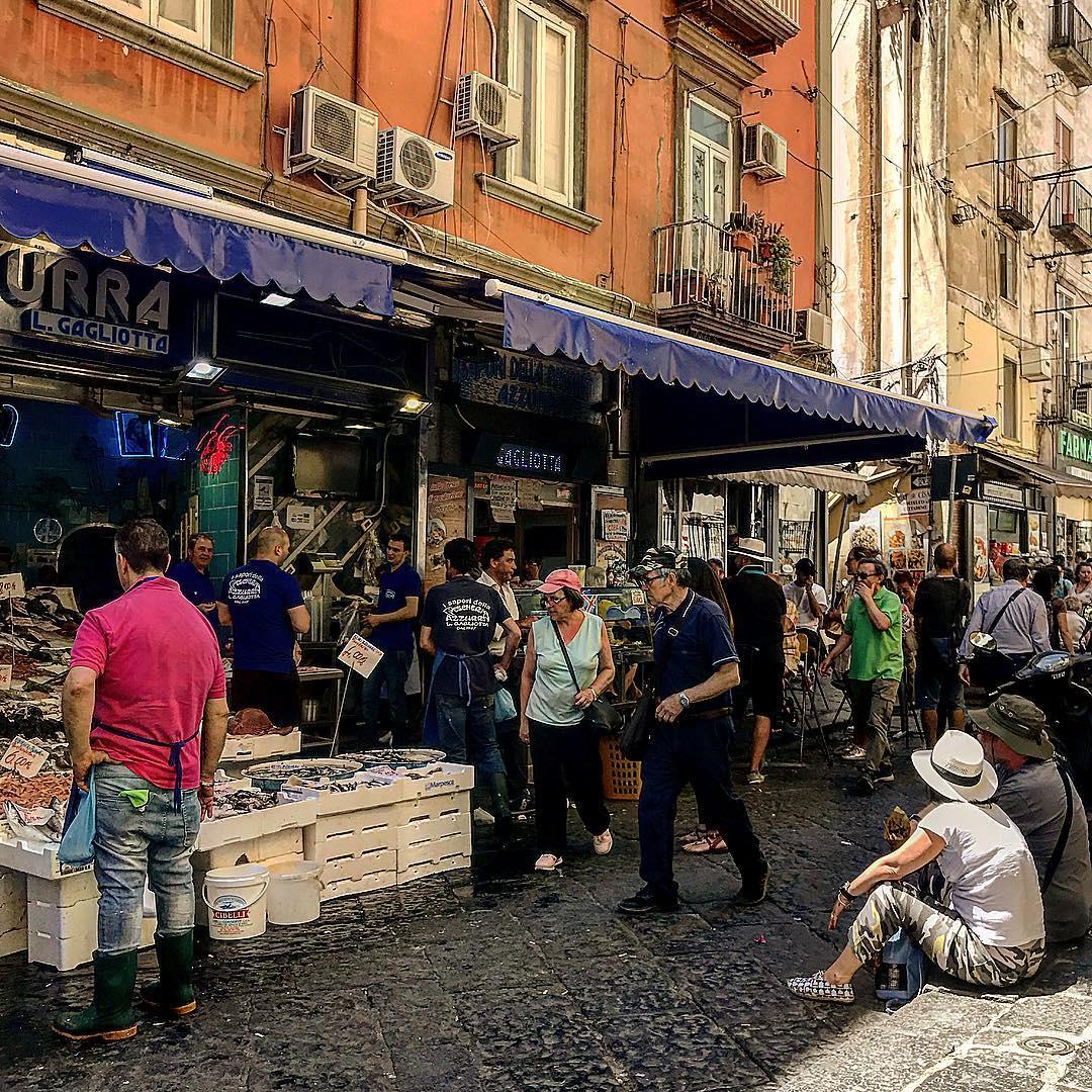 The ever busy Pescheria Azzurra | Photo Credit: Kristin Melia