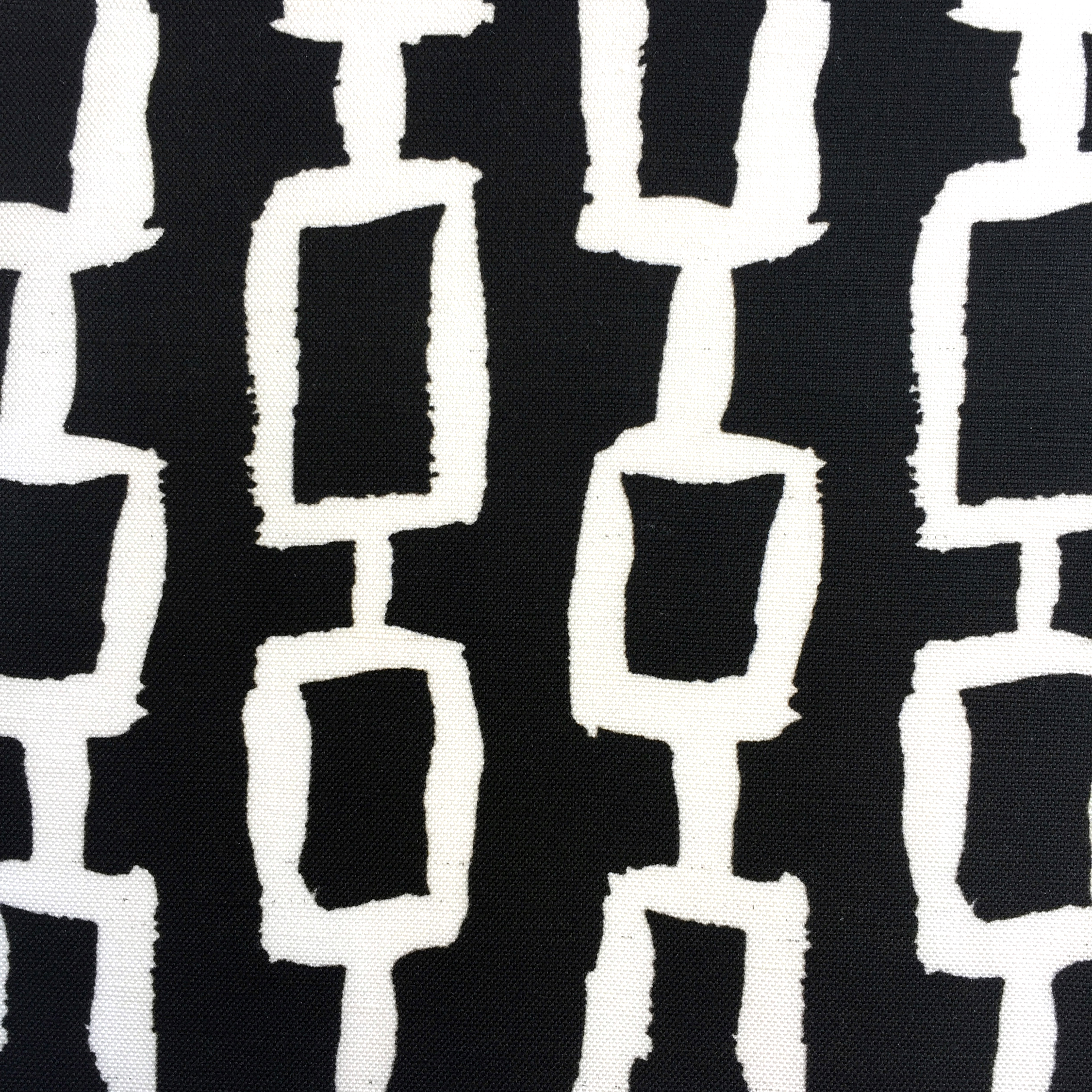 Chain Print in BLACK/WHITE  CHINOISERIE COLLECTION