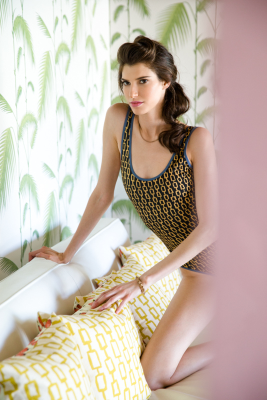 LUX REVERSIBLE MAILLOT SHOWN WITH REVERSIBLE PILLOWS IN CHAIN PRINT