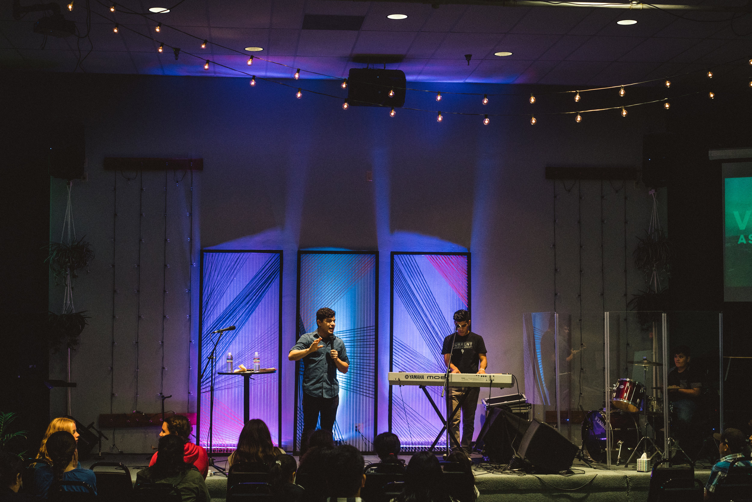 CoastchurchVenturaOxnard_CurrentYouthNights-9.jpg