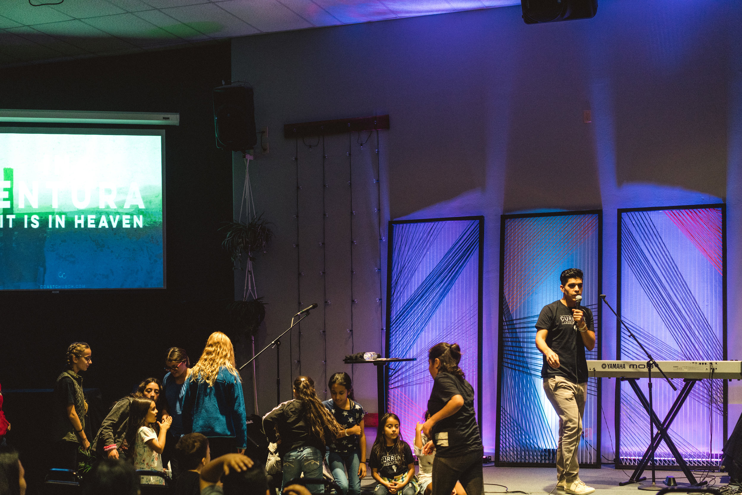 CoastchurchVenturaOxnard_CurrentYouthNights-2.jpg