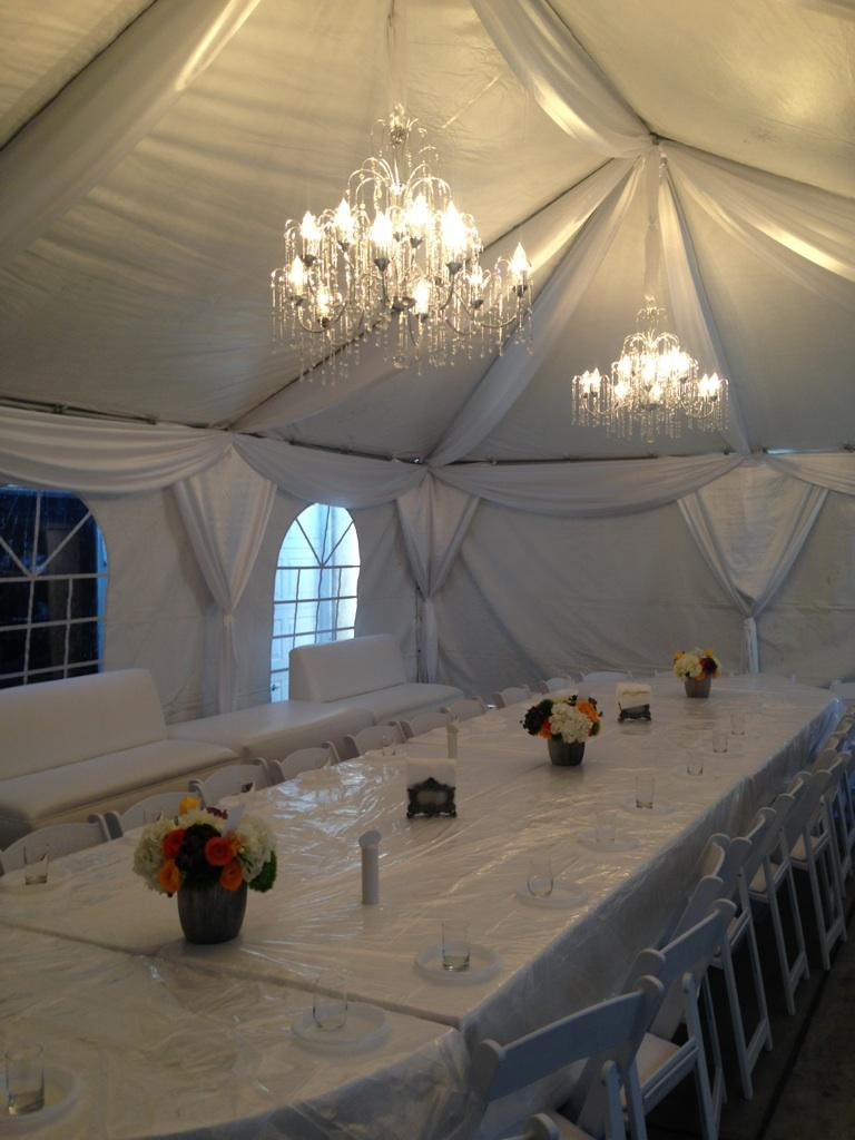 passover_tent2