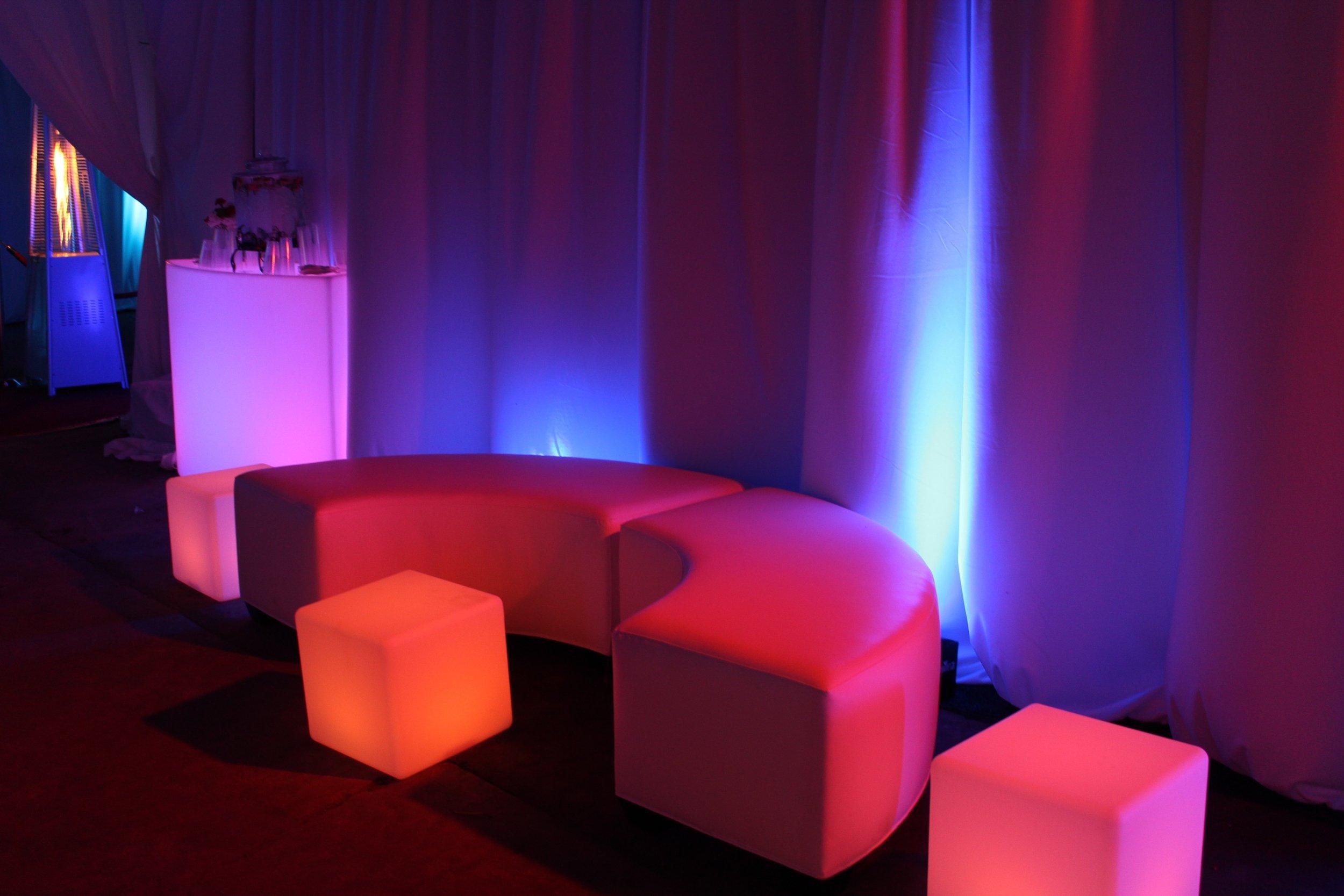 light furniture rentals
