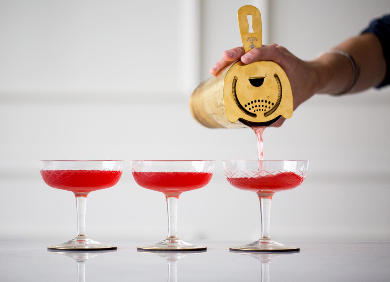 pouring_cocktail_smith_alan.jpg