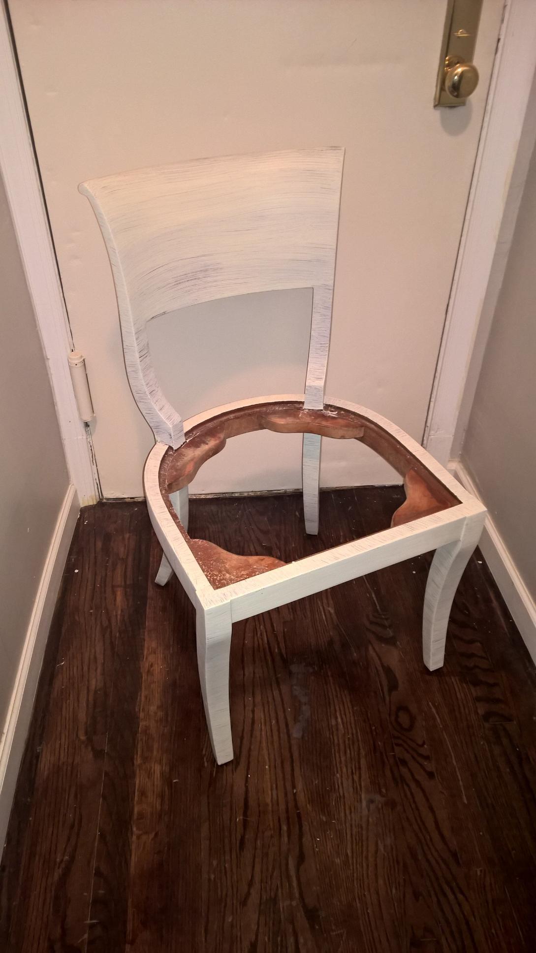 Chair white.jpg