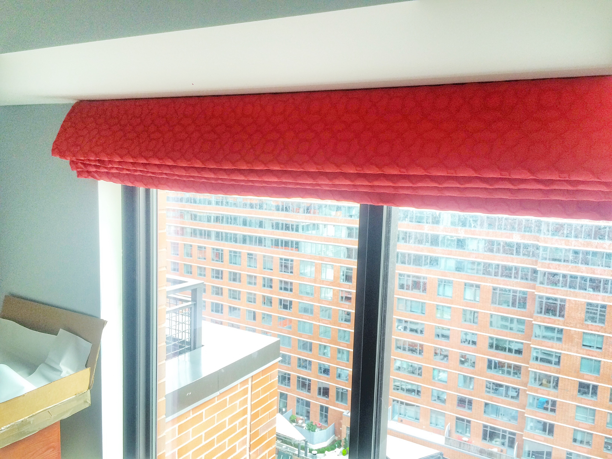 The blinds are able to be drawn up so the view is not compromised.