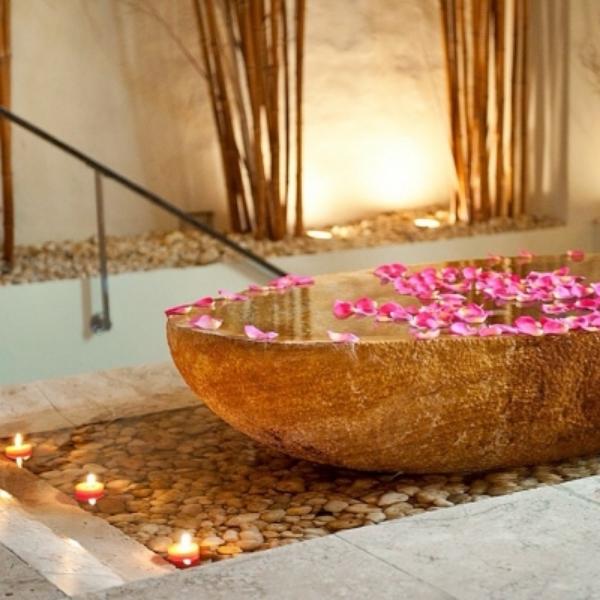 Candles-Check.-Roses-Check.-Warm-bath-Check.-Sofitel-Legend-Cartagena-SantaClara-Colombia-Accor-Acco.jpg