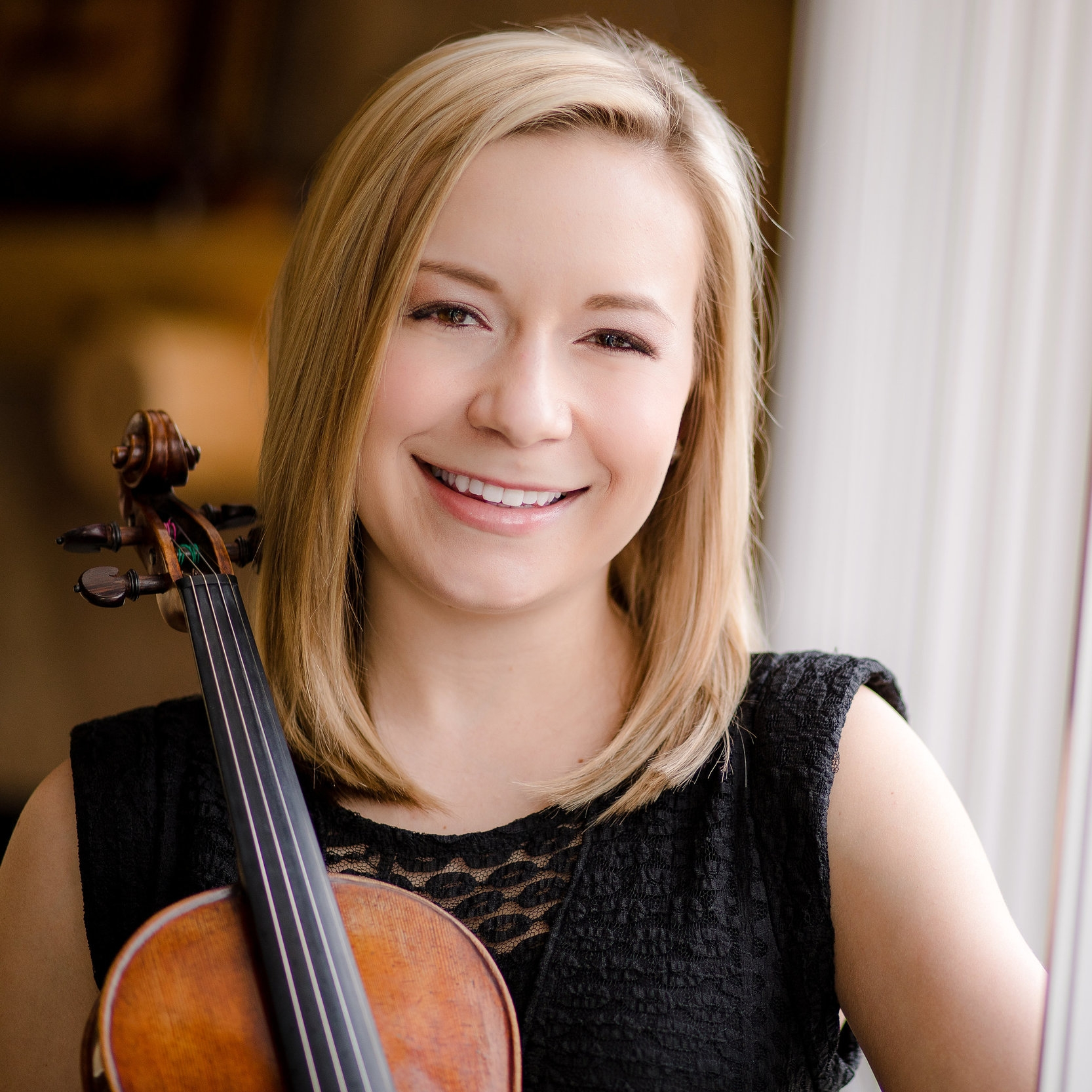 Kelly Jozwiak, Violin