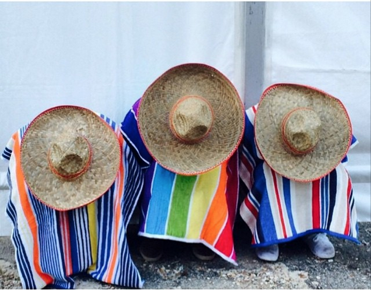 #29.  LBS team members get ready for the TexMex Fiesta -  uno, dos, tres... amigos!    (via  lbsmbat2015 )