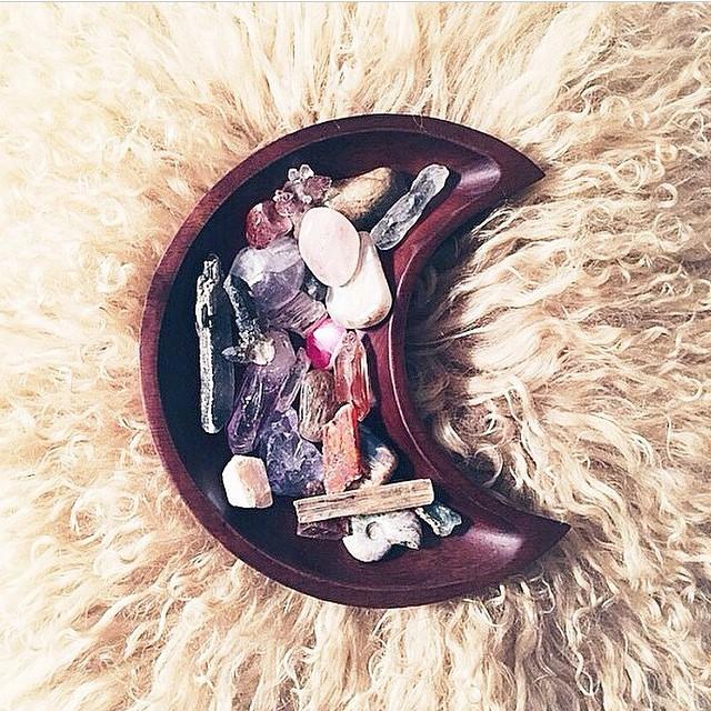 Light Stones 🌙✨ #Mindaway #Meditation #Wednesday