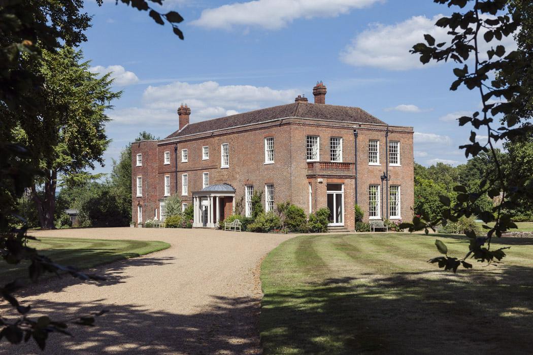 2. starborough manor - equestrian retreat london.jpg