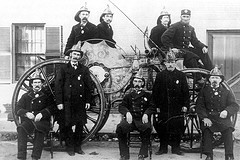 IRISH FIREFIGHTERS CIRCA 1900                                       PHOTO SOURCED FROM WWW.STLFIRE4.LOUDCLICK.NET