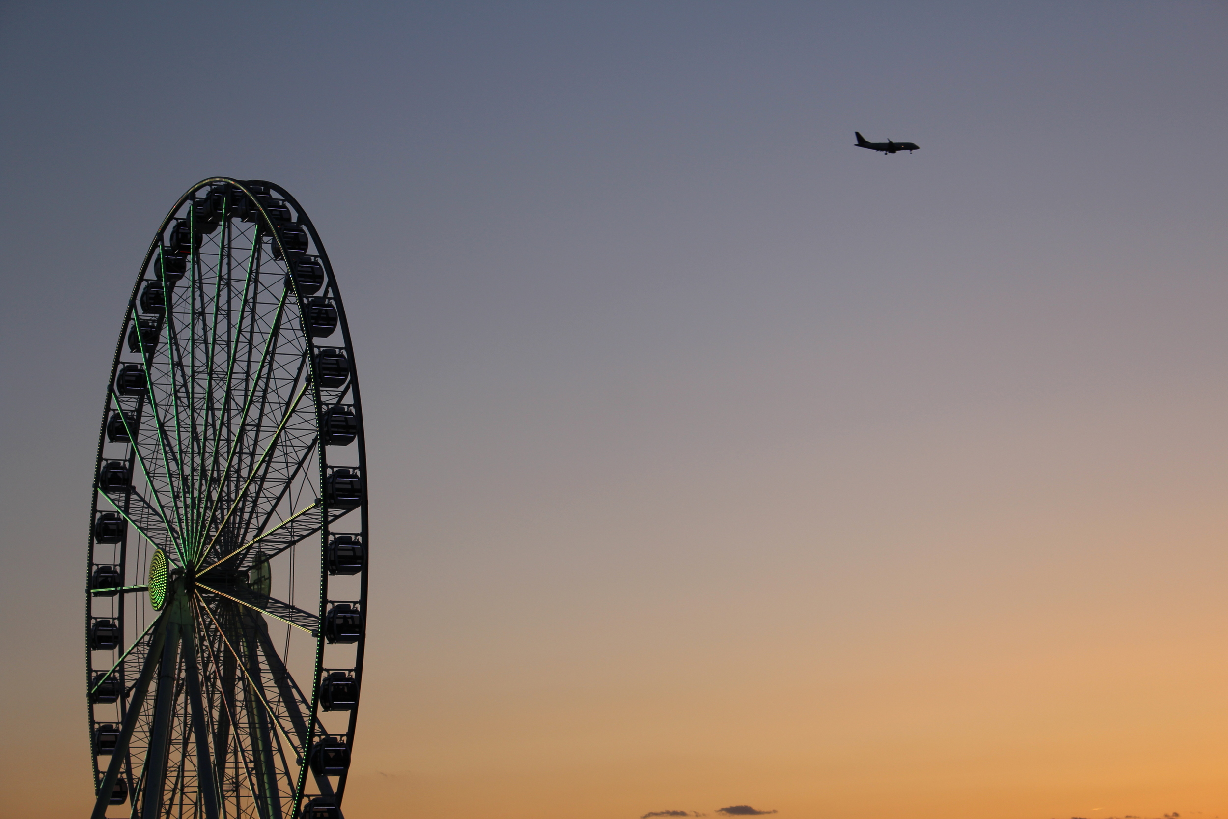 It's true you can sail on the Potomac. Or go   sky-sailing   above it. But if The Capital Wheel is your lift into thinner air, don't expect to wake up   beside the ocean   in California  .