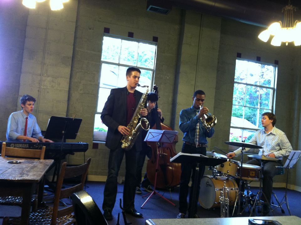 Mauki McGruder Quintet @ Book Bums Cafe (2012)