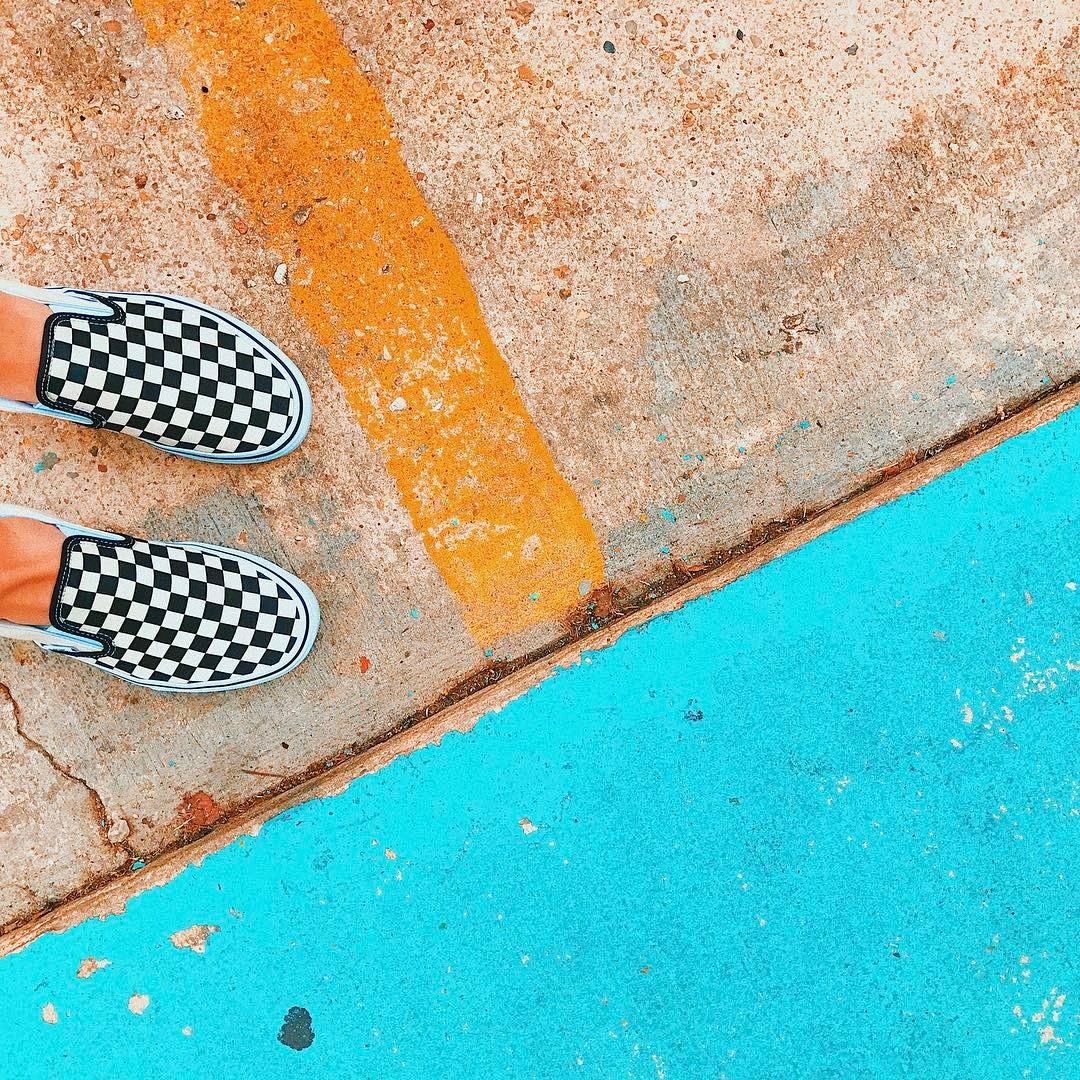 10 Photo Background Ideas for Content Creation | Jordan Hefler