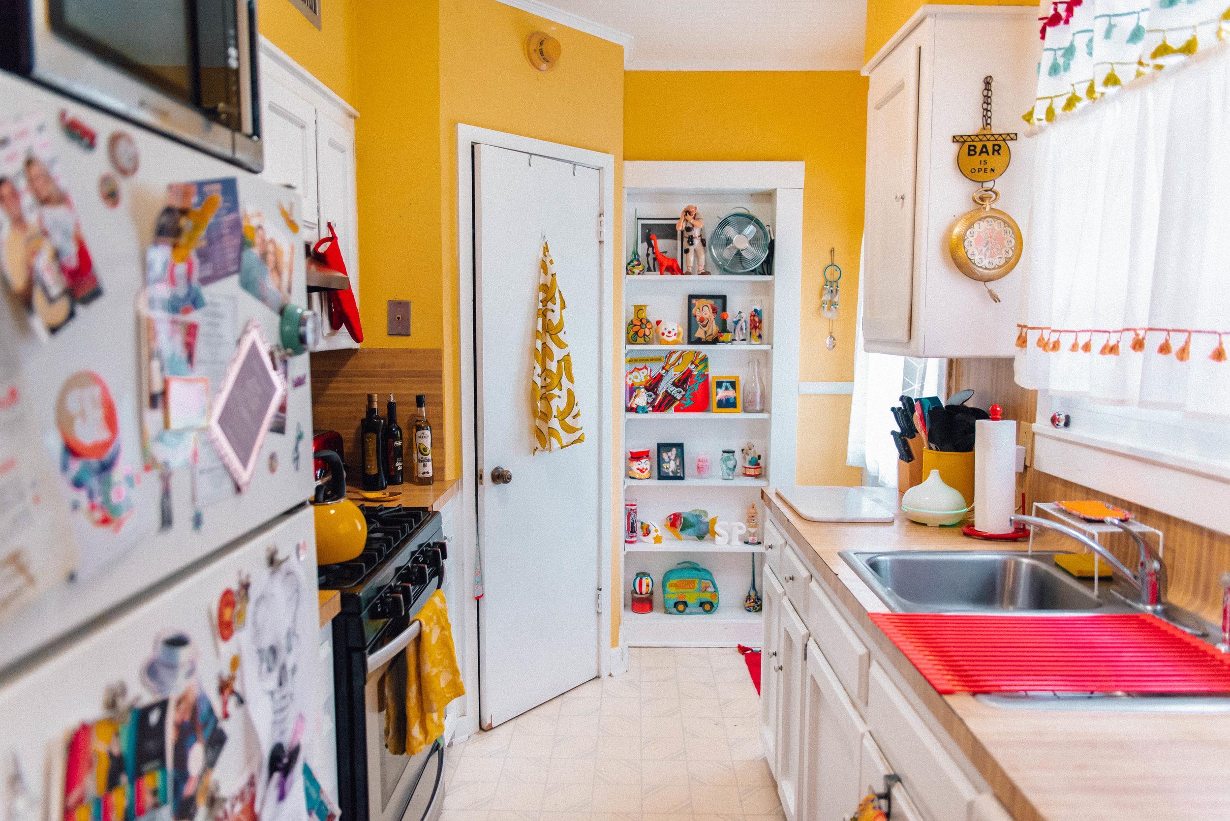 My Chromatic Home | Garden District Apartment Tour with Jordan Hefler in Baton Rouge, Louisiana