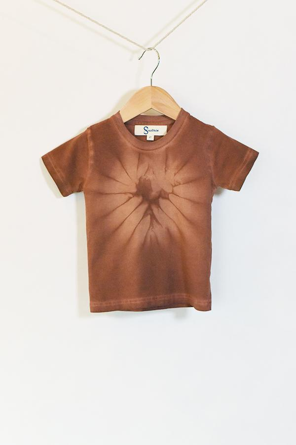 Kids Brick Starburst Tee : hand-dyed with sandalwood using traditional Japanese shibori techniques.