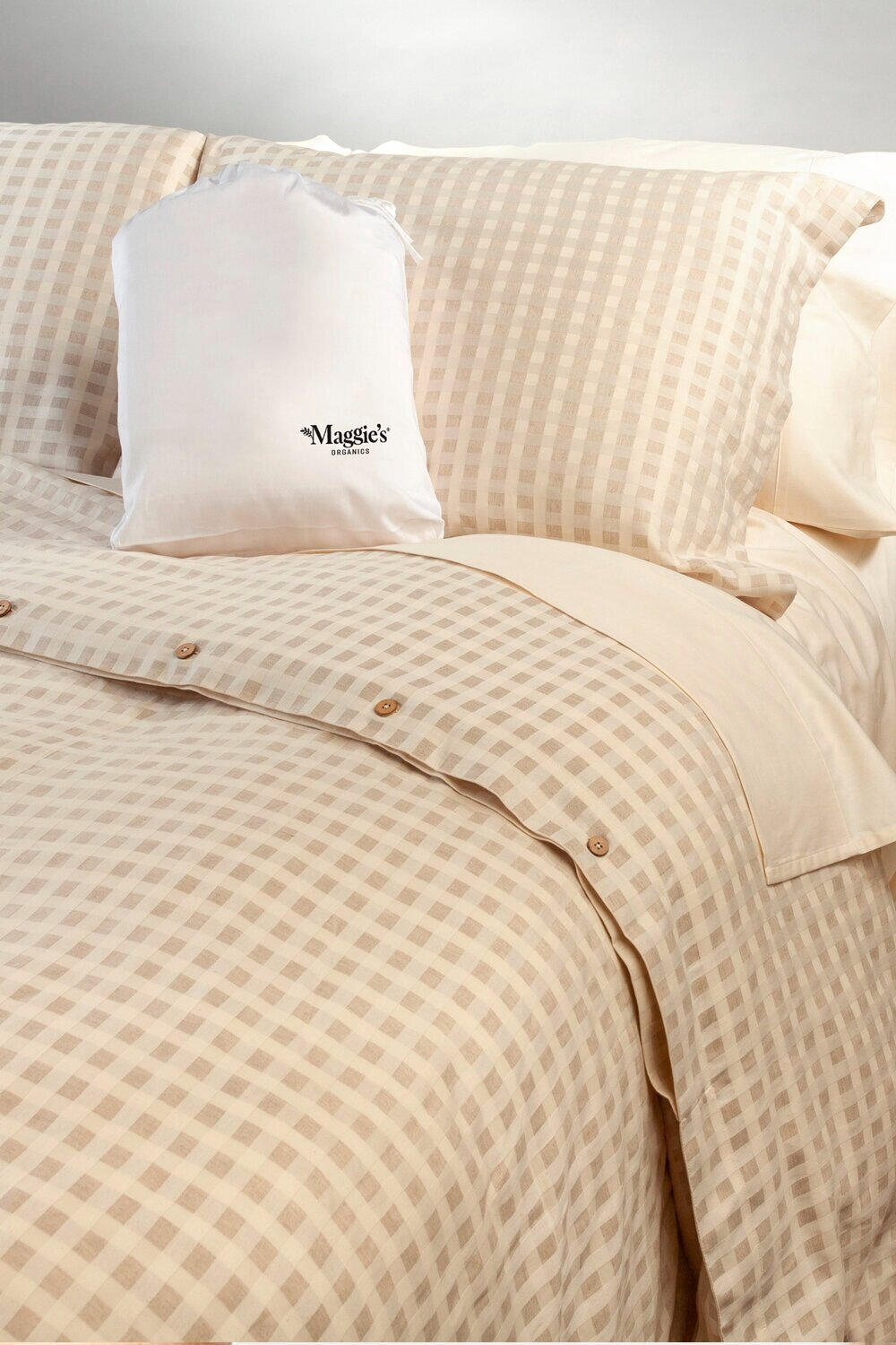 Sustainably Chic | Best Sustainable Lifestyle Blogs | Best Sustainable Bedding Brands | Maggie's Organics.jpg