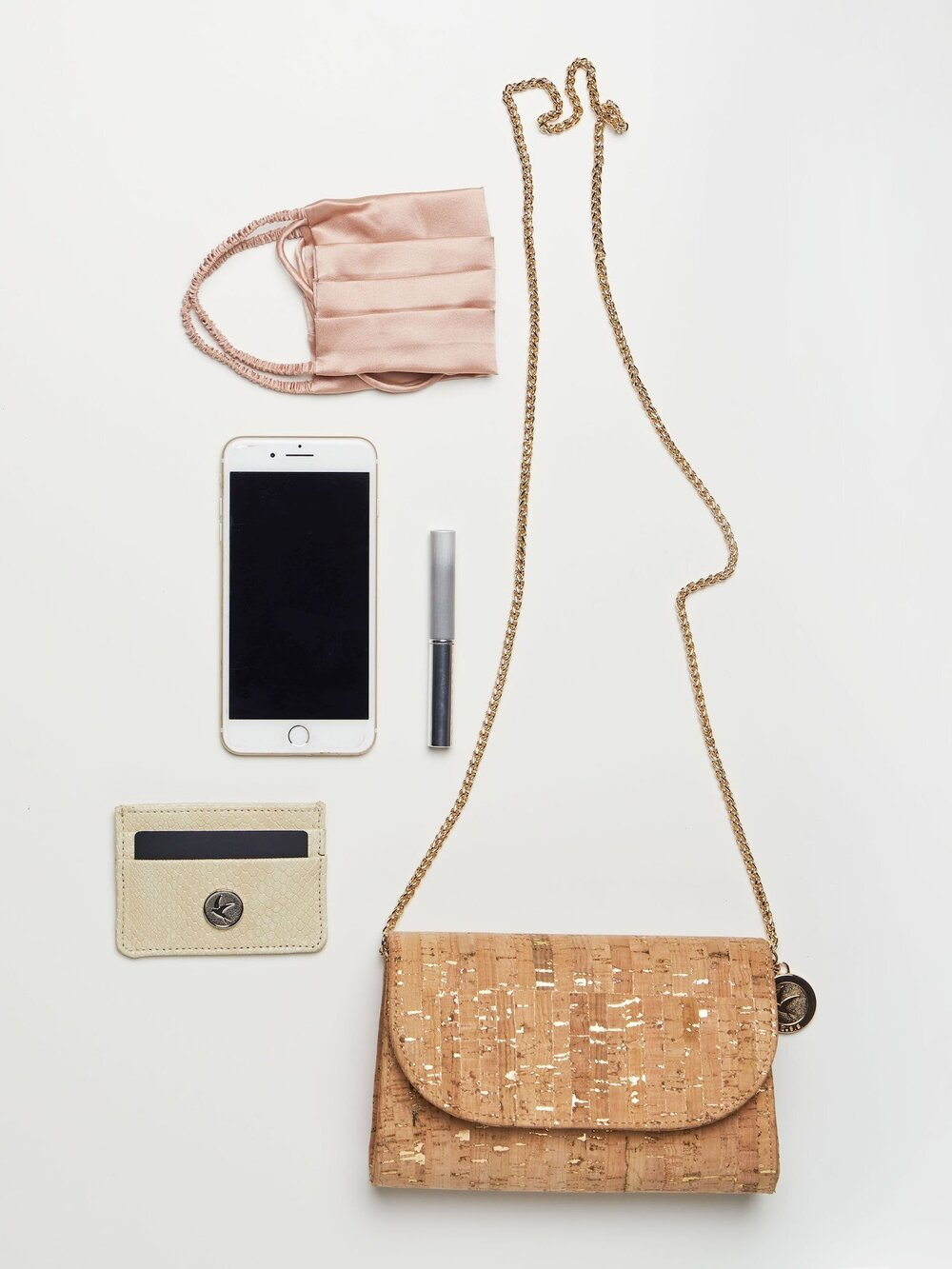 Sustainably Chic   Sustainable Fashion Blog   What is Cork?   Sustainable Cork Brands & Products   Cork Handbag by Svala.jpg