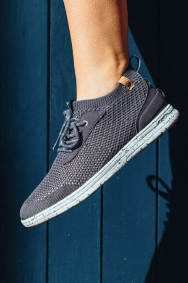 Sustainably Chic | Best Sustainable Fashion Blogs | Vegan Gifts | SAOLA Sneakers EarthHero.jpeg