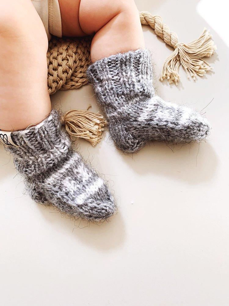 Sustainably Chic | Sustainable Fashion & Lifestyle Blog | The Best Sustainable Baby Gifts | Fazl Socks.jpeg