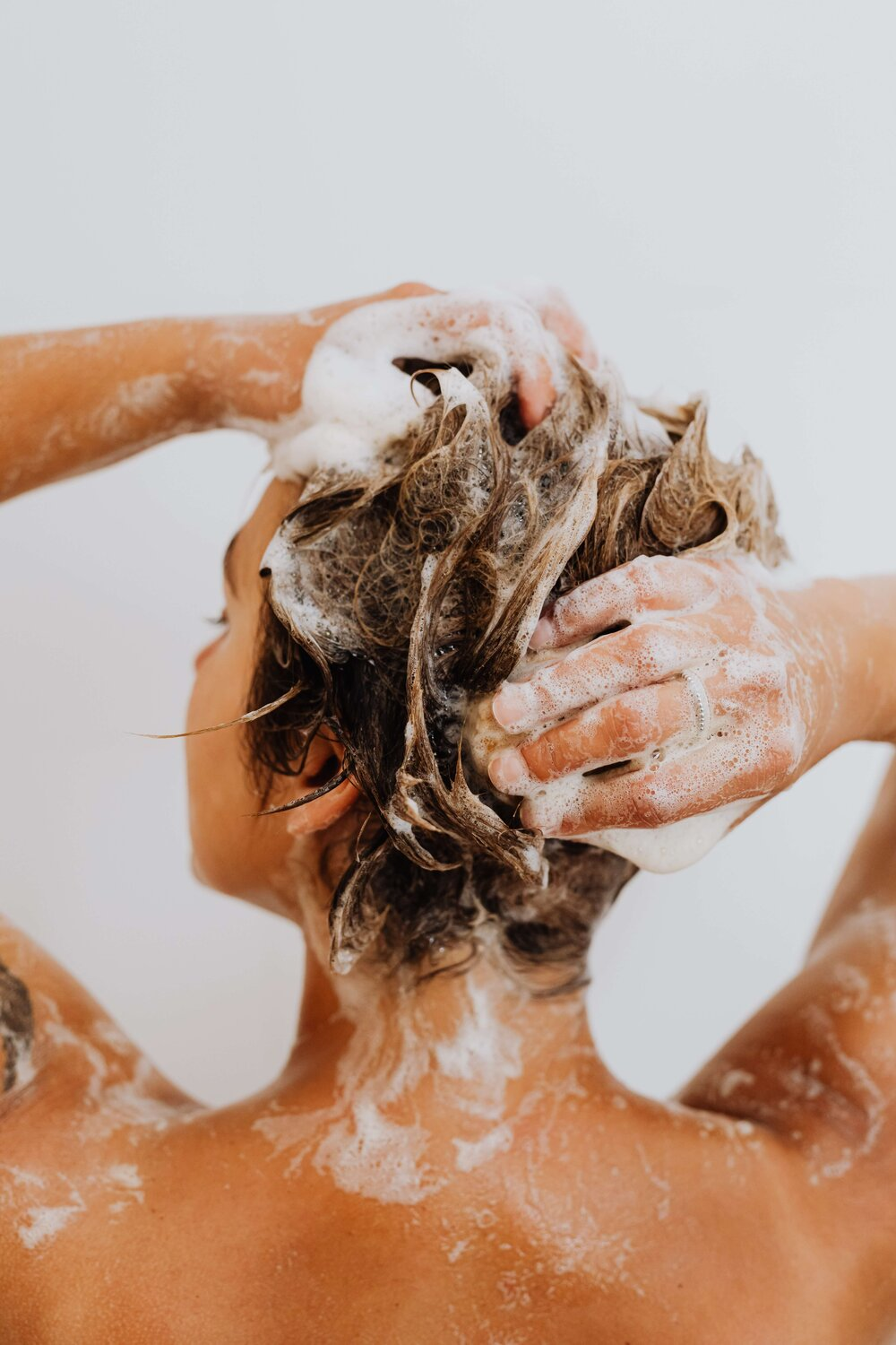 11 Organic and Natural Shampoos For Sustainable, Healthy Haircare
