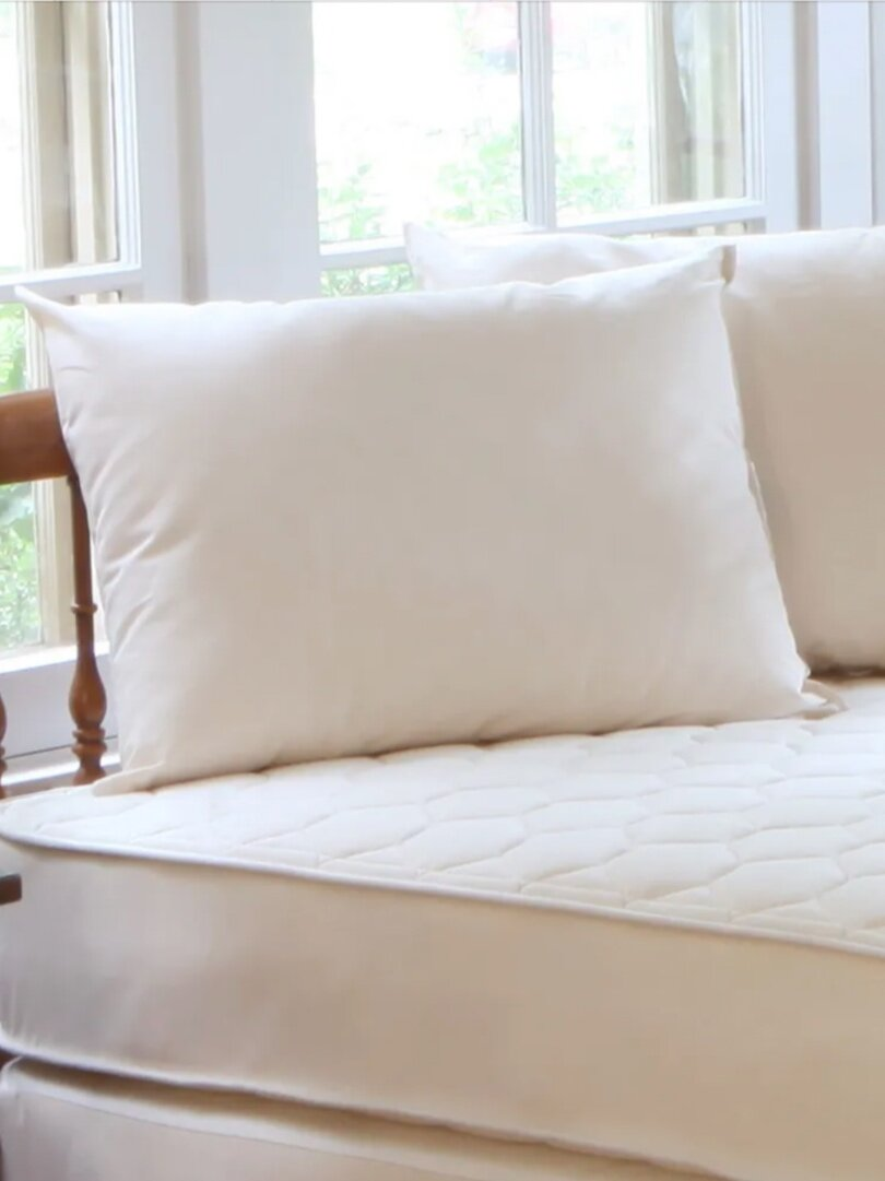 Sustainably Chic   Sustainable Fashion & Lifestyle Blog   The Best Sustainable Pillows   Naturepedic.png
