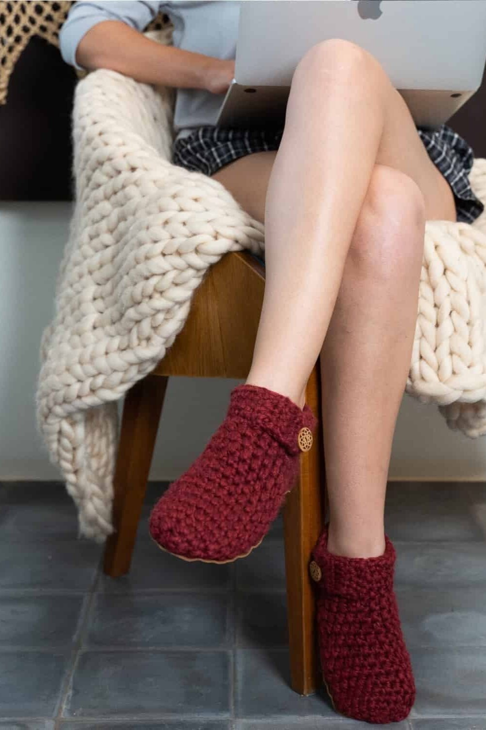 Sustainably Chic | Sustainable Fashion Blog | The Best Sustainable Slippers | Kingdom of Wow!.jpg