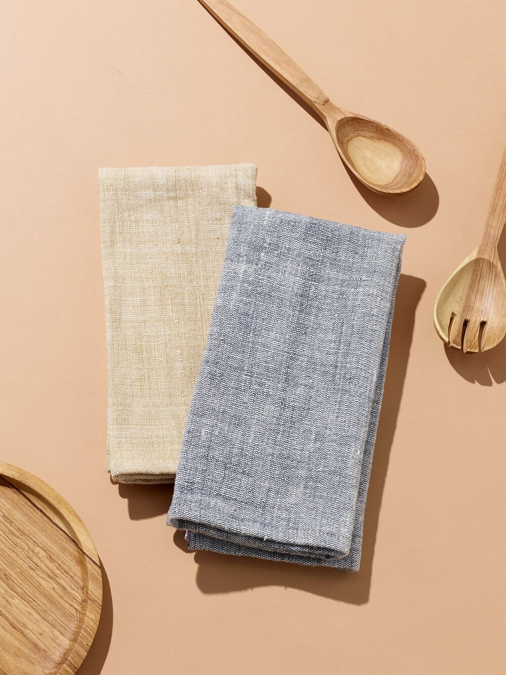Sustainably Chic | Sustainable Fashion & Lifestyle Blog | The Best Sustainable Reusable Cloth Napkins | Raven + Lily.jpg