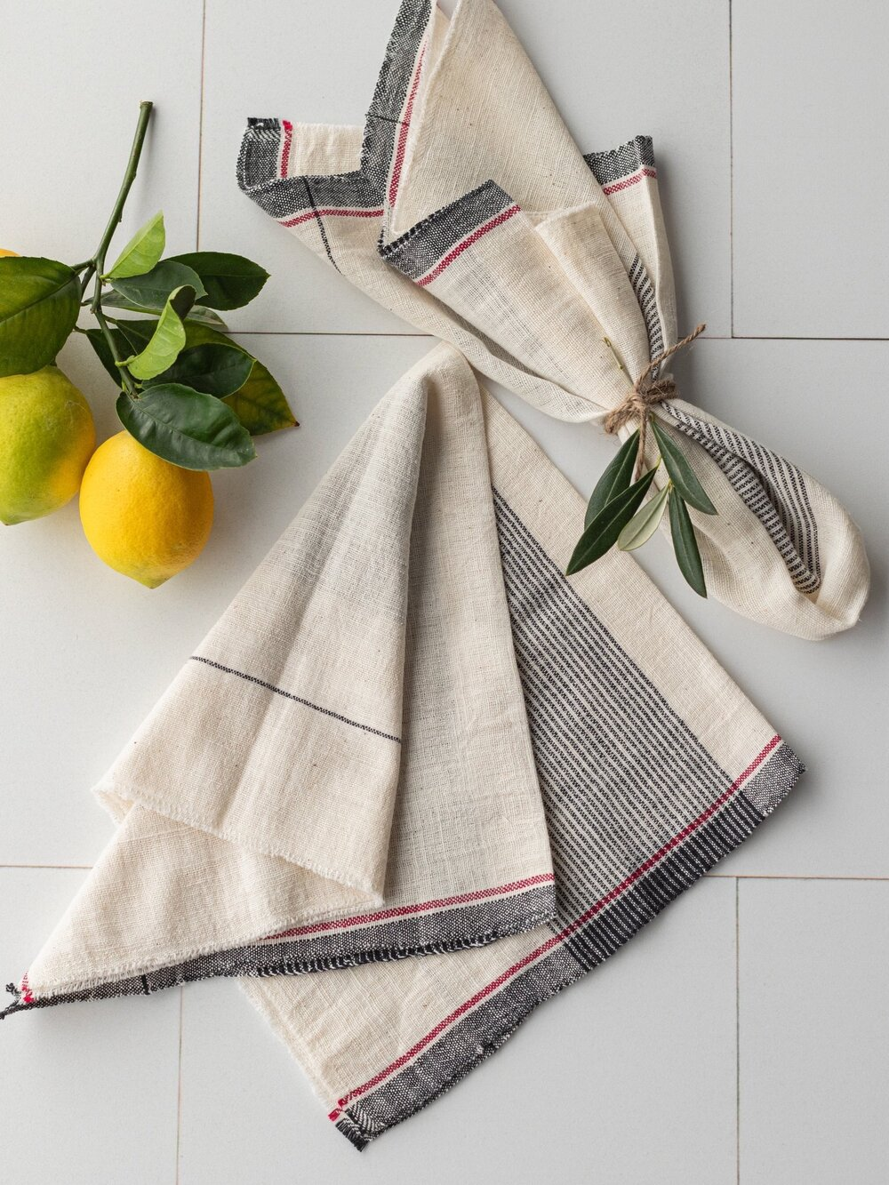 Sustainably Chic | Sustainable Fashion & Lifestyle Blog | The Best Sustainable Reusable Cloth Napkins | Shades of Green.jpg