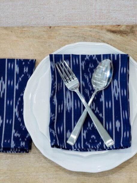 Sustainably Chic | Sustainable Fashion & Lifestyle Blog | The Best Sustainable Reusable Cloth Napkins | Passion Lilie.jpg