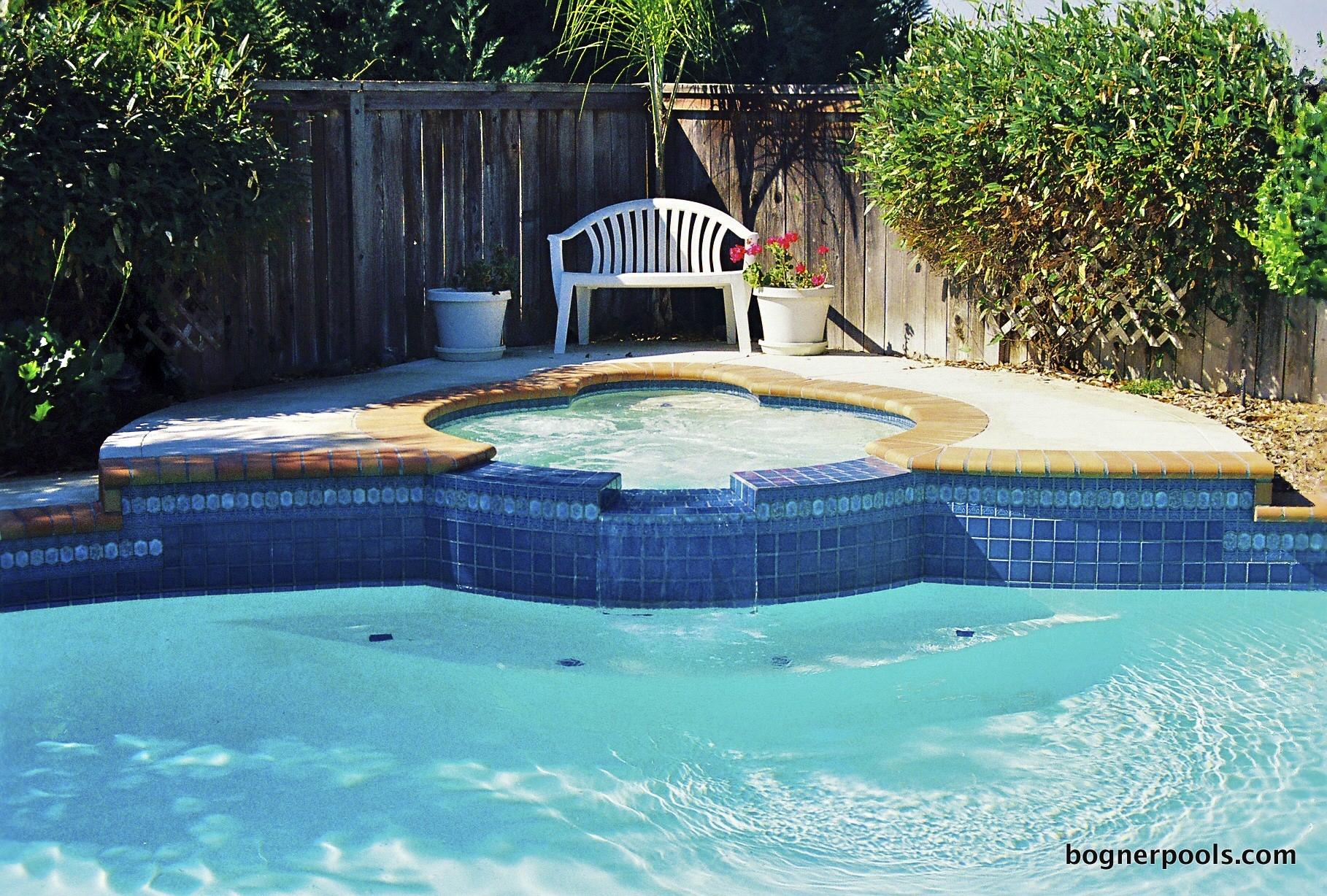 Pool%2520Brick%2520Coping-3_2.jpg