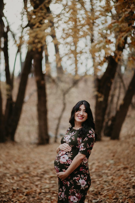 victoriavelasteguiphotography_oakglen_maternity-7.jpg