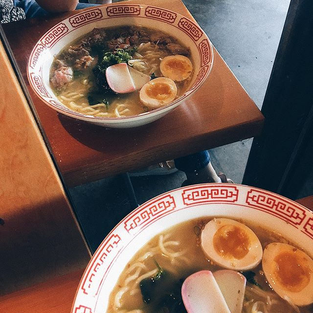 Let us warm ya up with some light & straightforward chicken and dashi style soup. Nice with garlic. Did we mention that it's Gabe's favorite? #shioramen