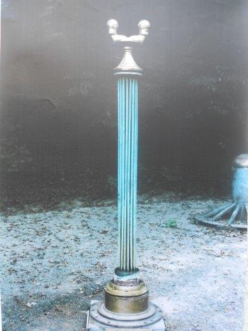 Dorian 1995  Materials: copper, bronze  Measurements: 200 x 50 x 50cm
