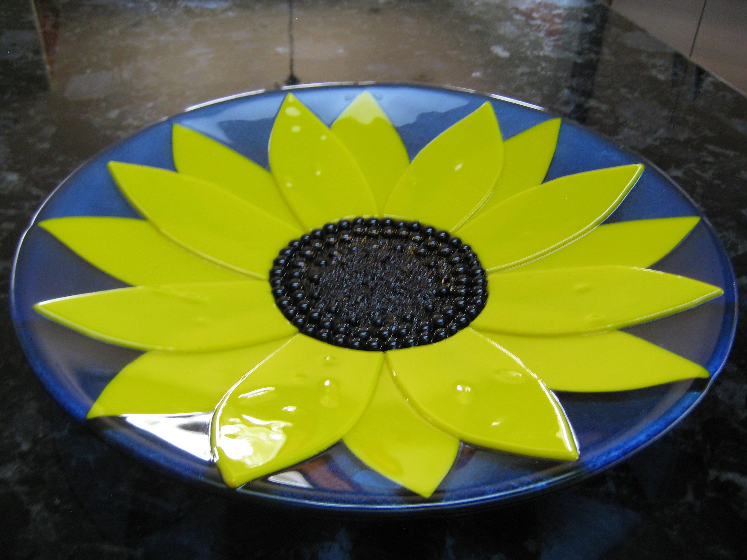 Trio Sunflower Bowl IMG_0123.JPG