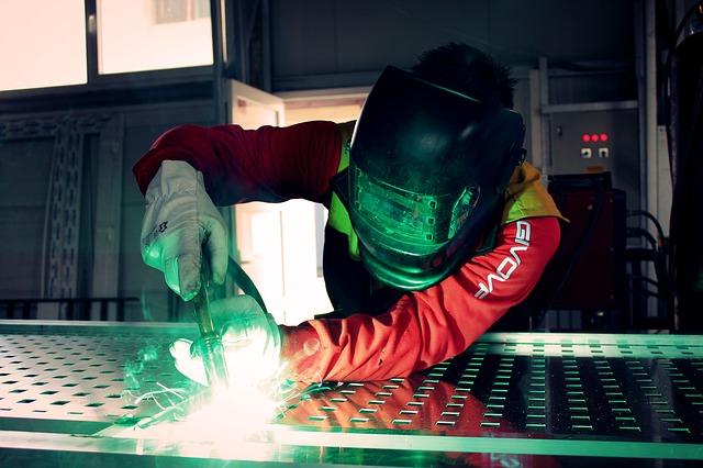 Manufacturing Financing LVRG Funding Manufacturer Business Loans Funding for Manufacturers.jpg