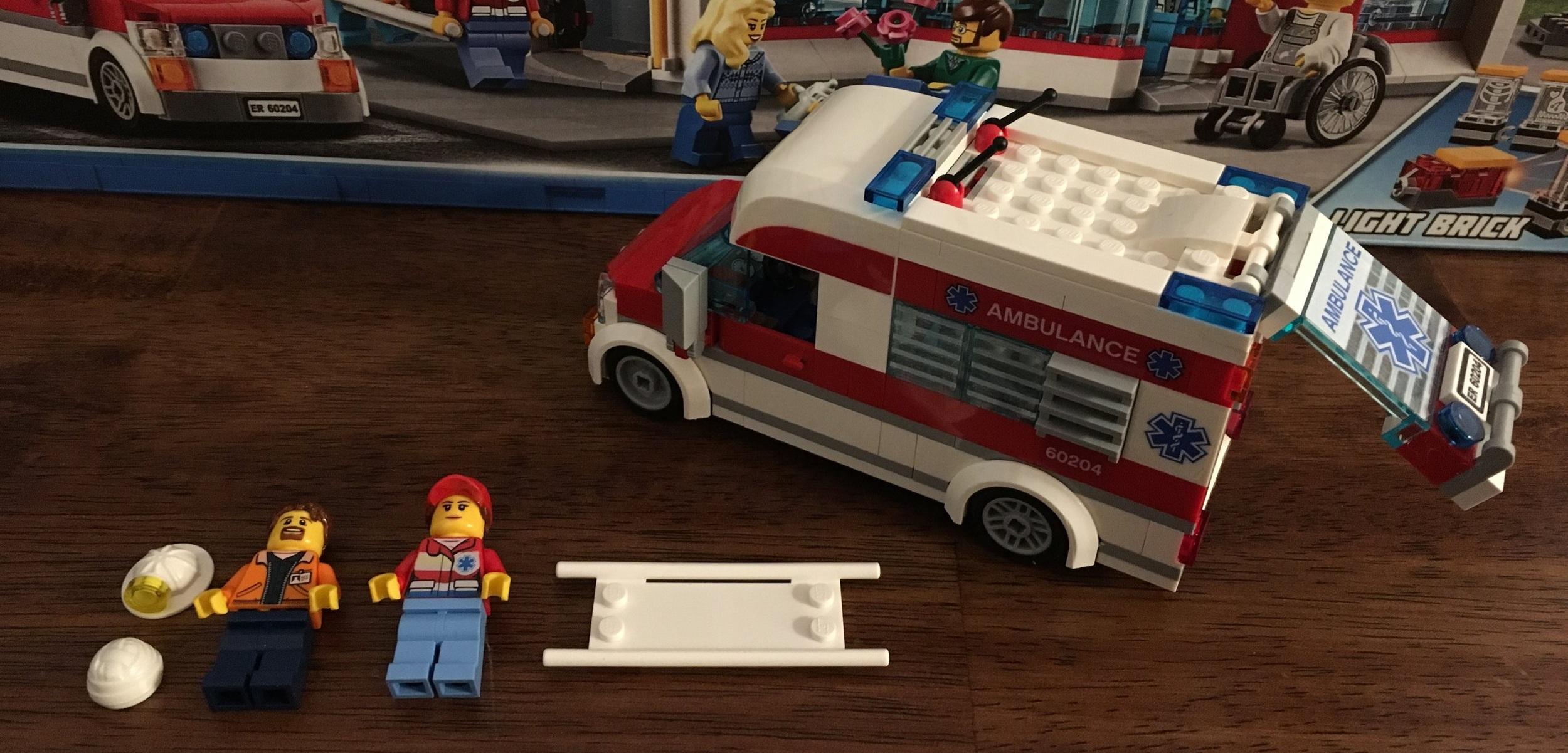 Set Review - #60204-1: City Hospital - LEGO City — Bricks for Bricks