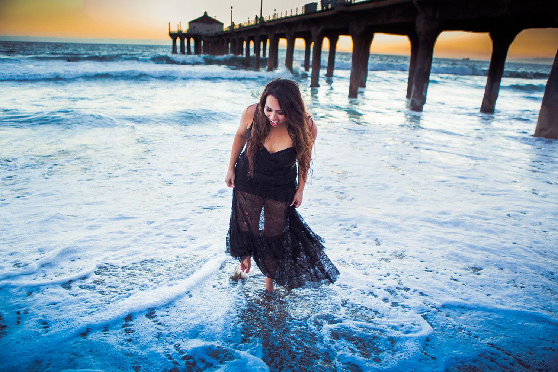 Lean Goddess Manhattan Beach   Stephen Grant Photography