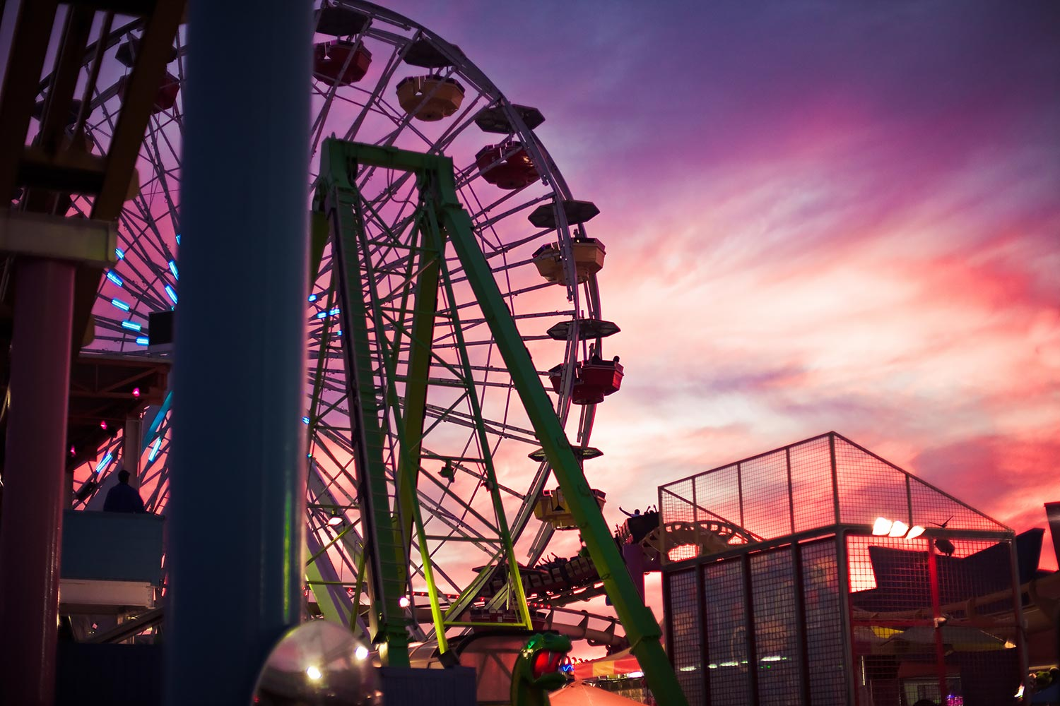 Santa Monica Pier Birthday | Stephen Grant Photography