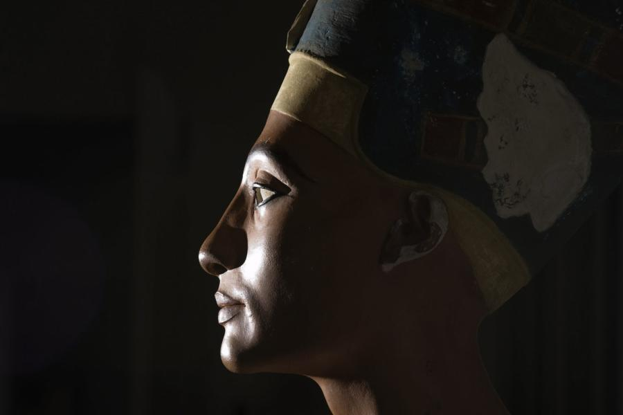 Nefertiti's famous bust, now in Berlin. Could the Queen herself lay on the other side of a false wall in Tutankhamun's tomb?