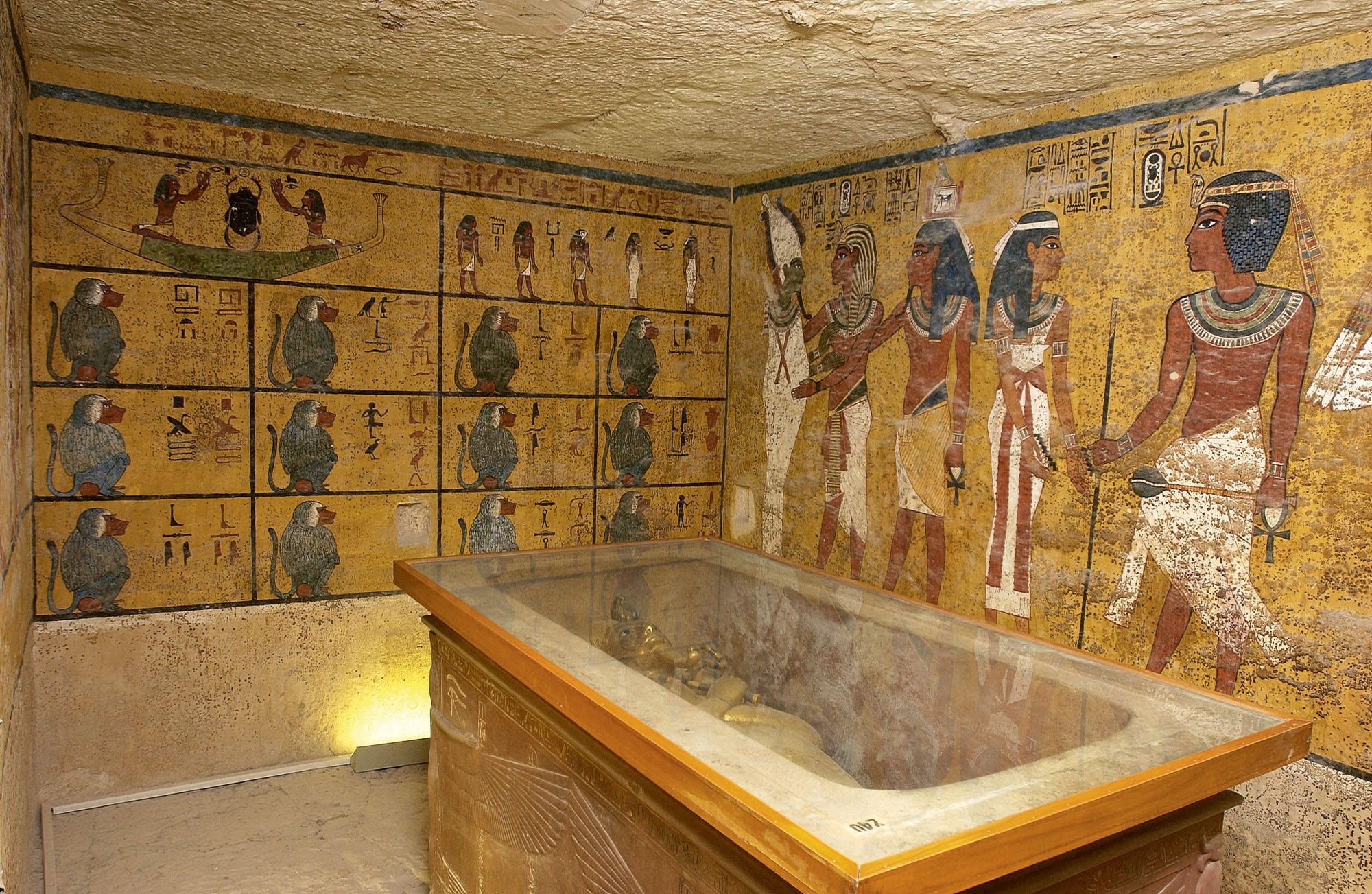 The burial chamber of King Tutankhamun. Dr Reeves claims the wall on the right is a false partition wall, concealing the intact burial of Queen Nefertiti.